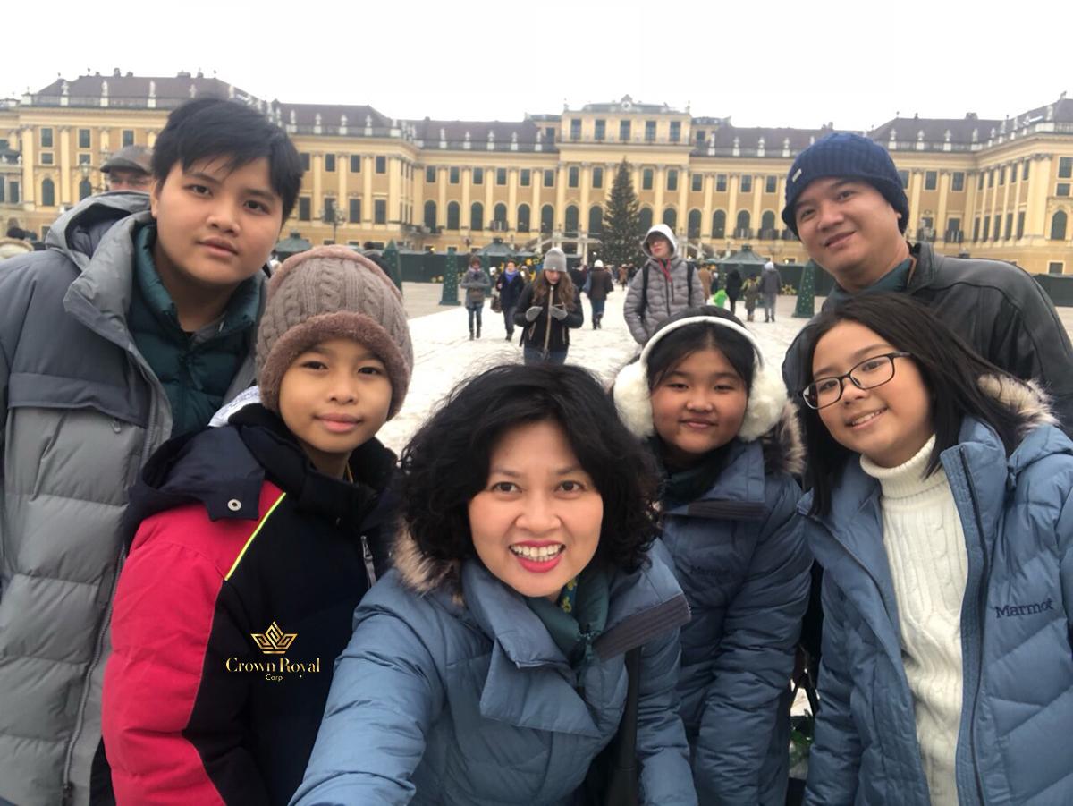 Đi du lịch Châu Âu cùng Crown Royal