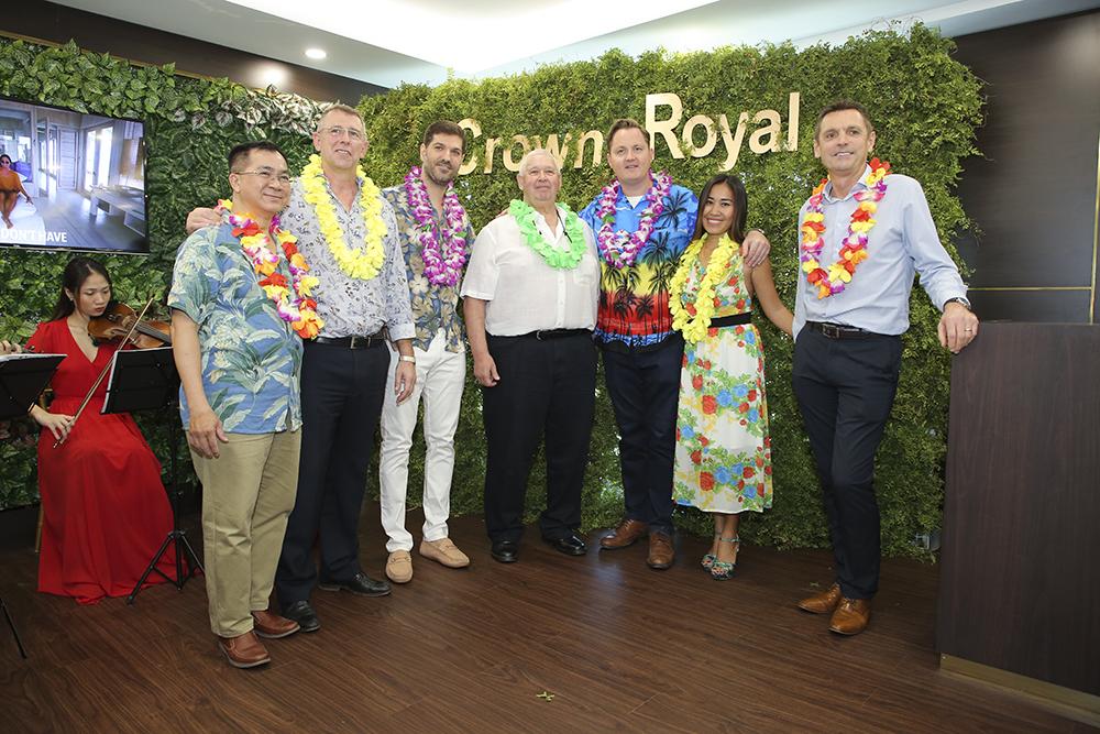 công ty Crown Royal Corp là gì